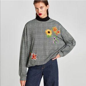 Zara | Houndstooth Floral Embroidered Sweatshirt